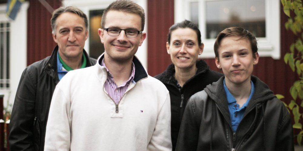 DIS Sverige Bli värdfamilj och förbättra barnens engelska